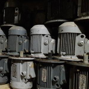 Продам электродвигатели с хранения