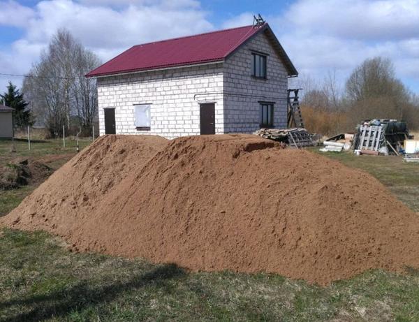 Песок речной,  карьерный,  пгс,  отсев 3